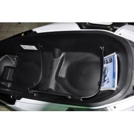 81256-K40-F00 : Séparateur de Coffre Honda Forza 125 NSS