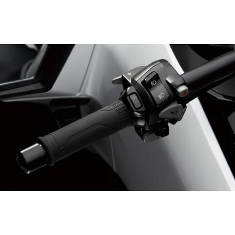 08T70-MJM-A02 + 08T70-K40-F00 : Poignées Chauffantes Honda Forza