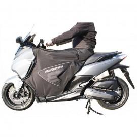 7581CB : Bagster Boomerang Leg Cover Forza 125 300 NSS
